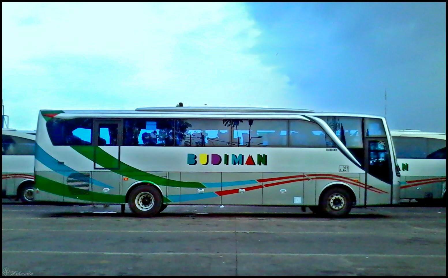 5700 Koleksi Foto Mobil Bus Budiman Modifikasi Gratis Terbaru