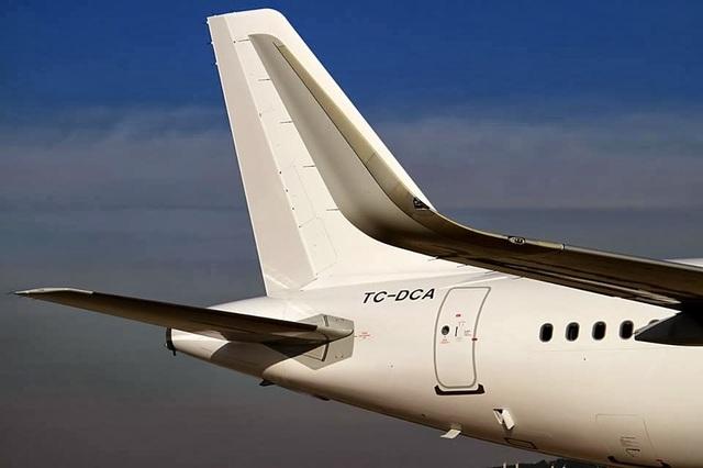 Cara Mudah Membedakan Airbus A320 Quot Winglet Quot Dengan Boeing