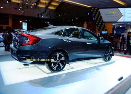 Foto IIMS 2016 - Imotorium Honda Civic Turbo (230)