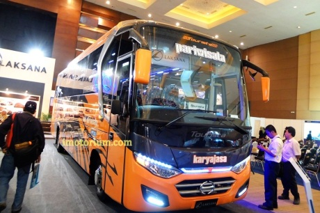 IIBT 2016 - Imotorium Files Laksana Tourista - Hino FC 190 X10 (40)