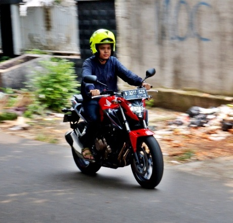 Imotorium - Honda CB500F Review  (10)