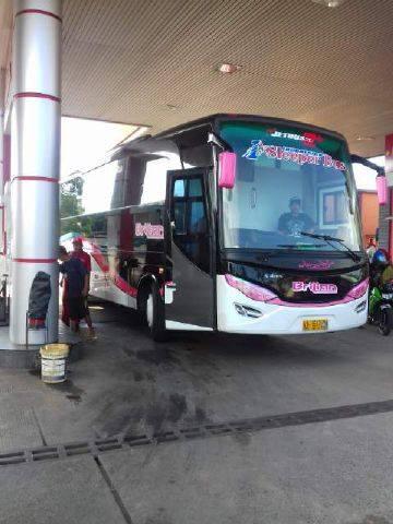 sleeper bus indonesia