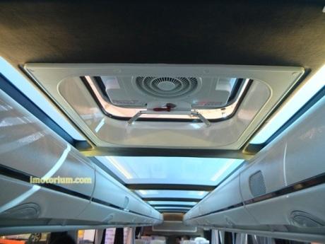 imotorium Adiputro Bus GIIAS 2016 (10)