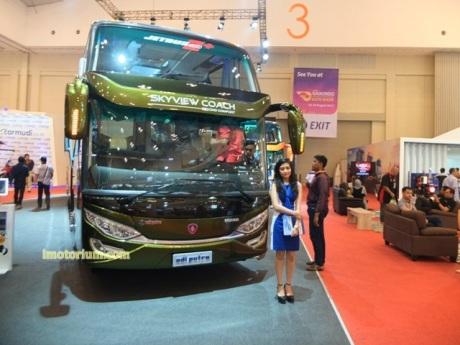 imotorium Adiputro Bus GIIAS 2016 (5)
