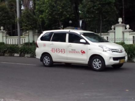 avanza-transmover-taksi-avanza